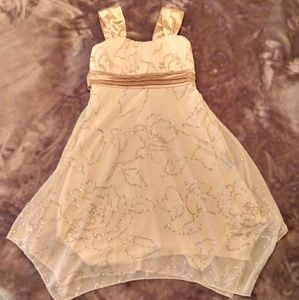 Girls Special Occasion Dress Sz 8 Gold Sparkly